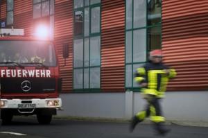 3 272 Feuerwehr